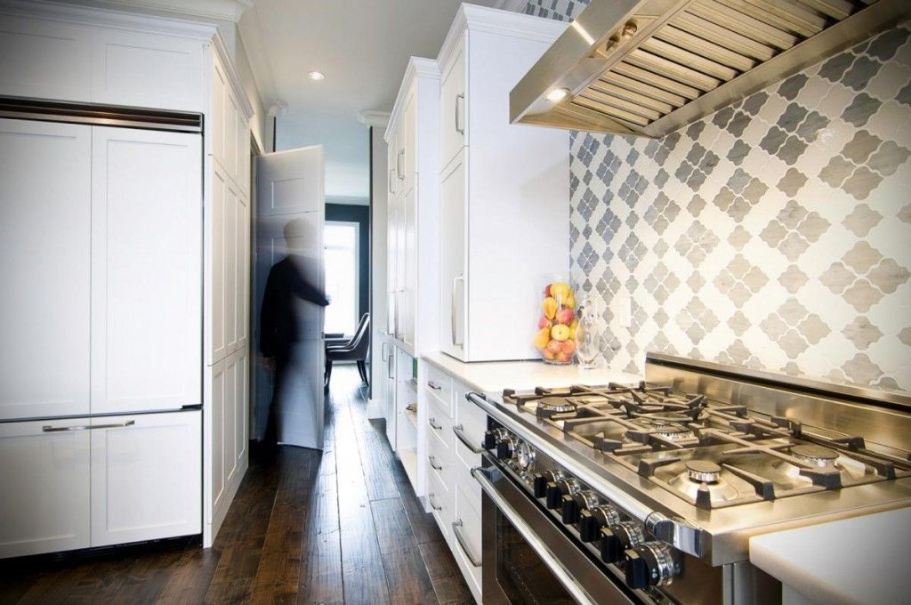 Kitchen Tiles & Furniture Color Сombination. Basic Rules of the combining wooden and tile glance surfaces