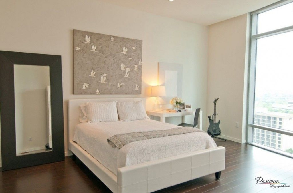 Headboard Wall Bedroom Interior Picture Placement Advice. Animalistic theme of the painting at the accent part