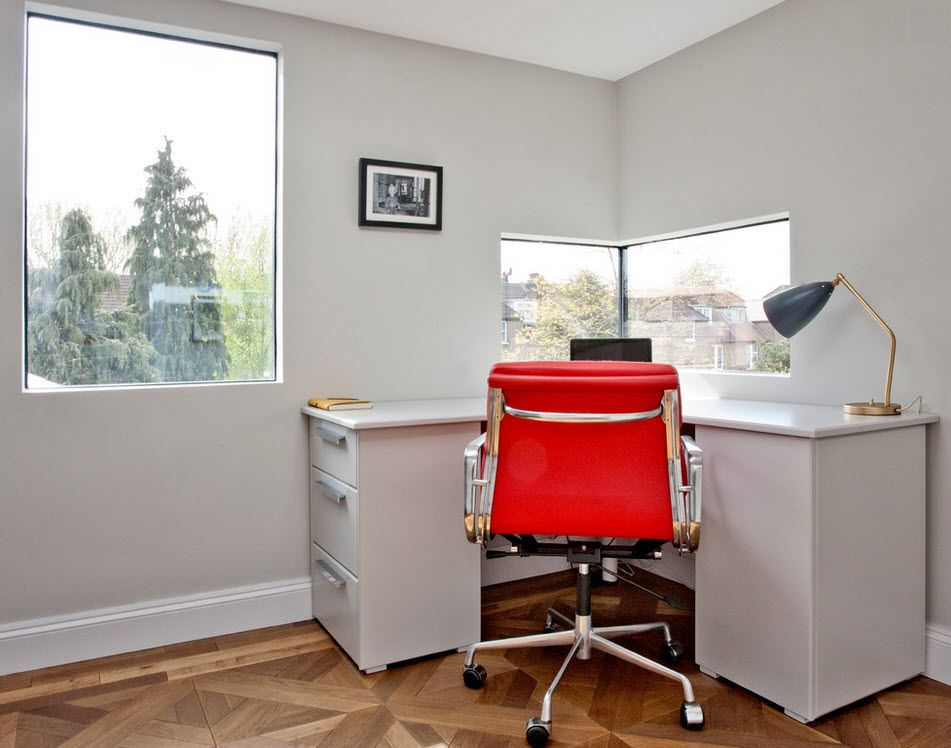 London Bunk Apartment Modern Interior Design Ideas for the home office with accent red armchair on the steel frame