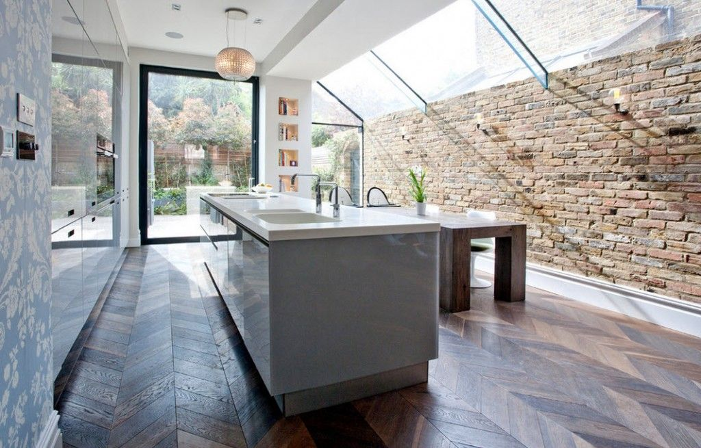 London Bunk Apartment Modern Interior Design Ideas. Brickwork in the kitchen retranslate some loft touch in the design