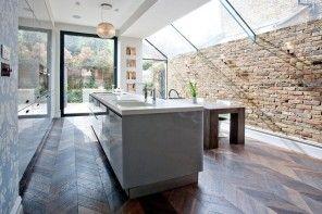 London Bunk Apartment Modern Interior Design Ideas. Brickwork in the kitchen retranslate some loft touch in the design