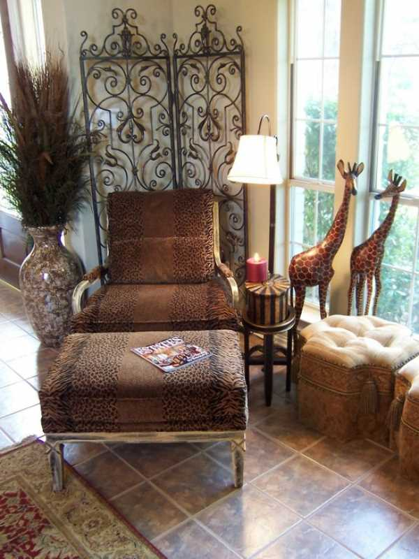 African Interior Design Style. Ottoman in the antourage