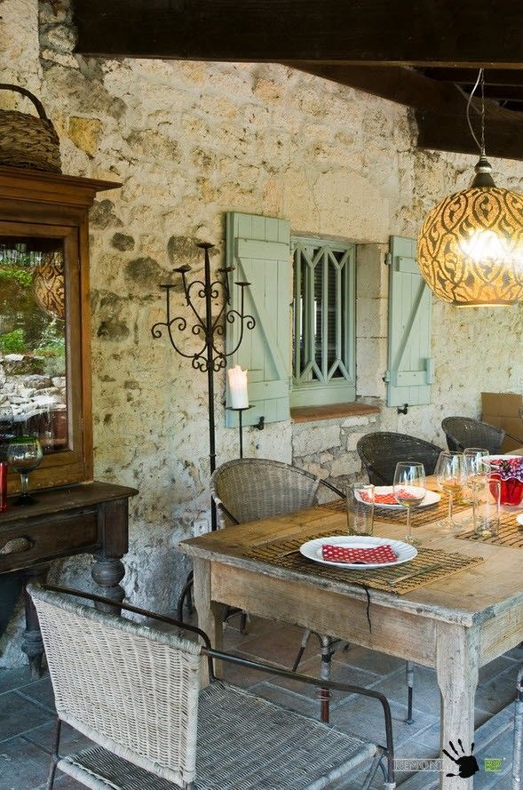 Small Vintage & Provence Old French House Design. Old-fashioned decoration and old cracked wooden furniture add some charm tothe ambience