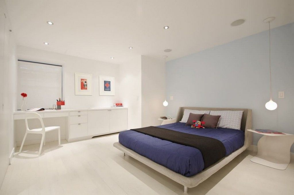 Bedroom Interior Furniture Set Programme Ideas. Minimalistic decoration with a little bit childish bed covering with toy