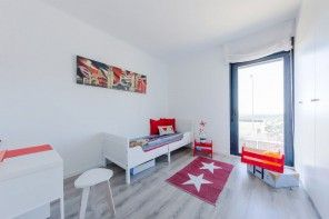 Kids` Room Furniture Selection Advice. Austere design and Star rug