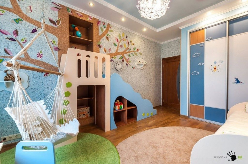 Kids` Room Furniture Selection Advice.  Furniture with slide and stair for Active games of the baby