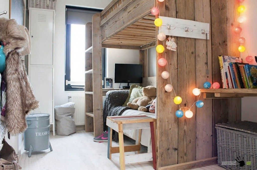Kids` Room Furniture Selection Advice. Wooden rustic design for the children`s room