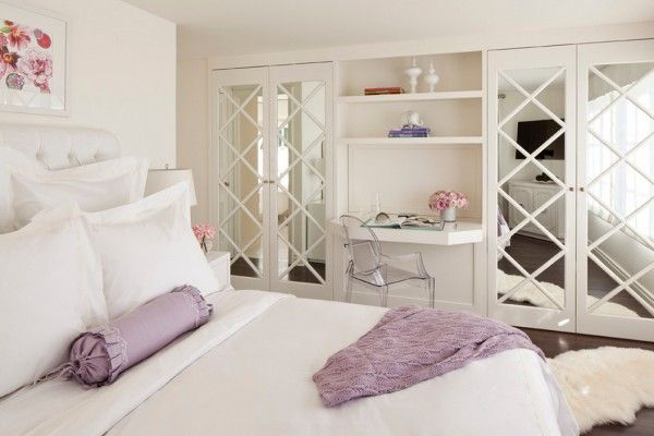 Dream Bedroom Wardrobe Decorating Ideas. Lightwheight minimalistiс women`s boudoir and criss crossed mirror doors of the cabinets