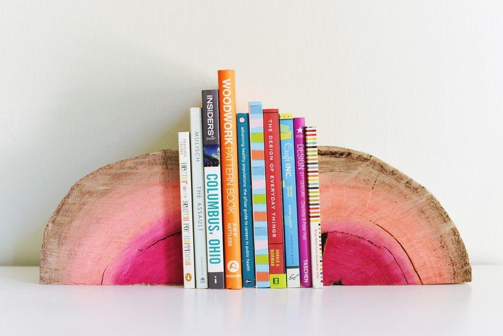 DIY Bookshelf Interior Decorating Idea. The final form of the wooden bookshelf