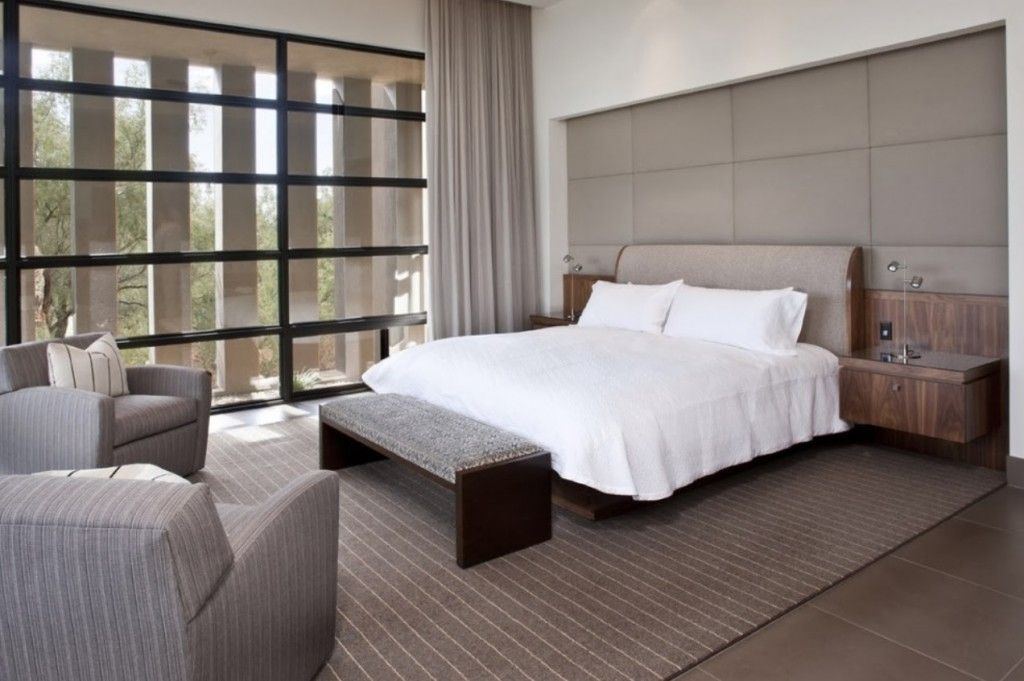 Bedroom Interior Furniture Set Programme Ideas. high-tech example with dark wooden bench