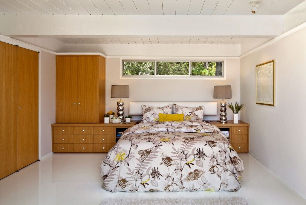 Bedroom Interior Furniture Set Programme Ideas. nice painted bed cover and wooden low-key furniture