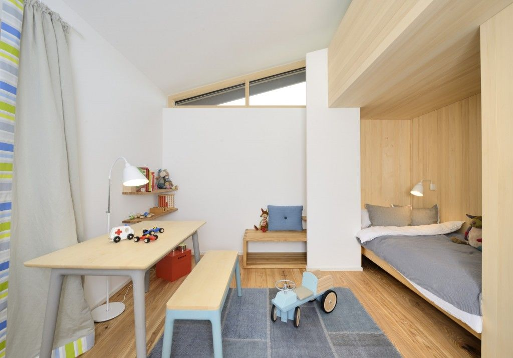 Kids` Room Furniture Selection Advice. Light Wooden Trimming