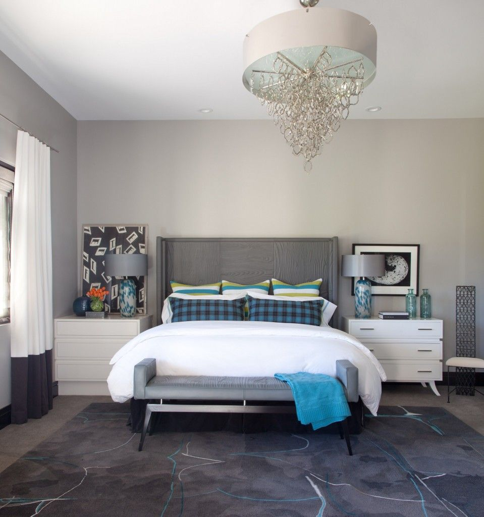 Rugs, Carpet, Carpeting Interior Design Ideas. Crustal chandelier and complex texture of the carpet makes the overall design mysterious