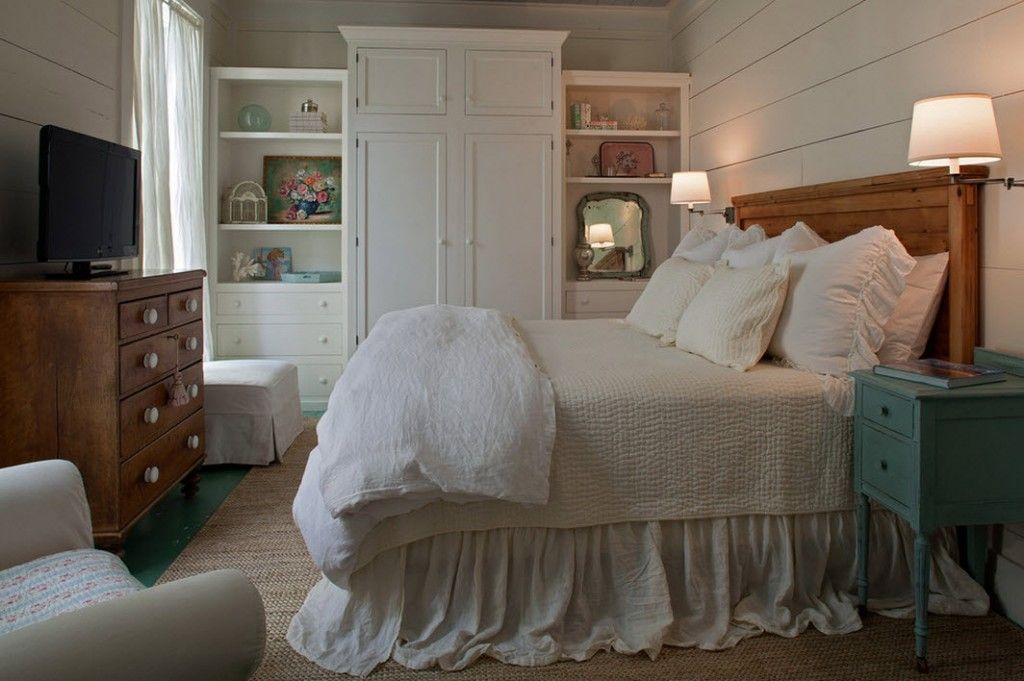 Bedroom Interior Furniture Set Programme Ideas. Rustic lush bed with lace and white cabinet in the center of the furniture set