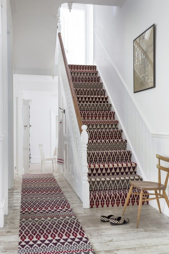 Rugs, Carpet, Carpeting Interior Design Ideas. Staircase in a white interior with painted carpet