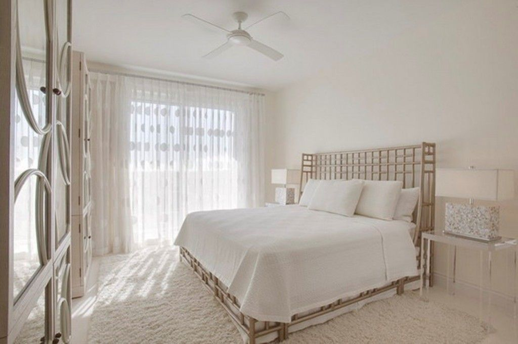Bedroom Interior Furniture Set Programme Ideas. Ideal white atmosphere with contrasting headboard lattice