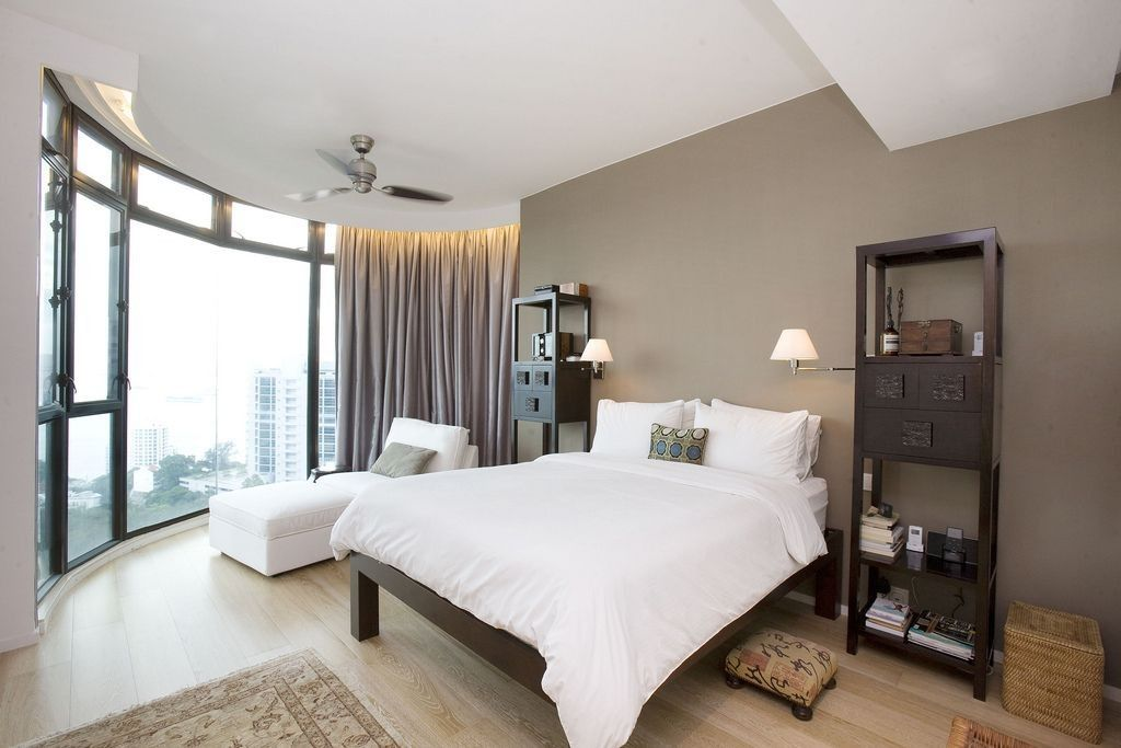 Bedroom Interior Furniture Set Programme Ideas. Round full of light room design and the white bed