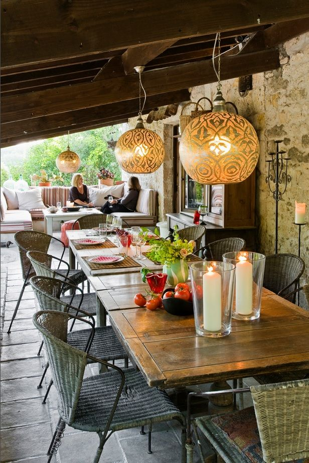Small Vintage & Provence Old French House Design. Chatting in shady arbor