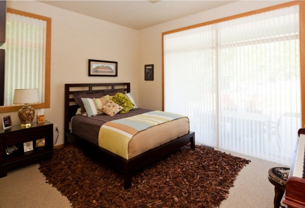 Rugs, Carpet, Carpeting Interior Design Ideas. Different texture and pile structure of the modern carptet under the bed