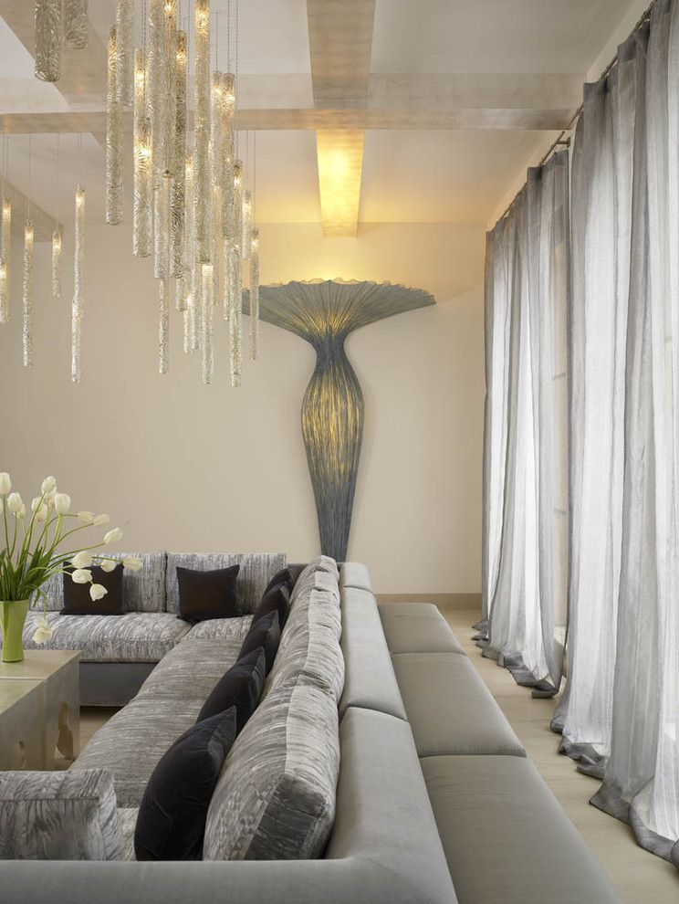 Modern Interior Design Light Fixtures Choice for the naturally lighted spacious living room in pale tones
