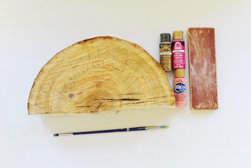 DIY Bookshelf Interior Decorating Idea. Starting materials
