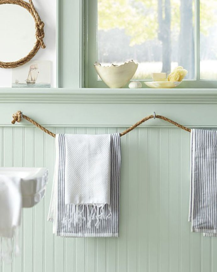Bathroom Mediterranean decor in the from of twine
