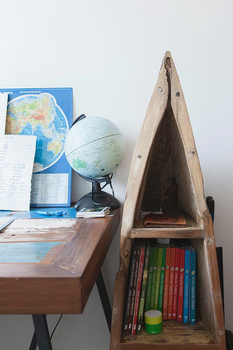 Students' workspace in the Mediterranean style