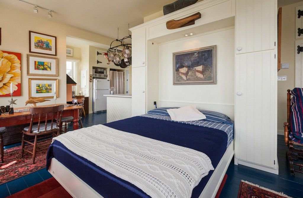 Built-in Bed Small Apartments Interior Design Solution. Marine tones in the flat
