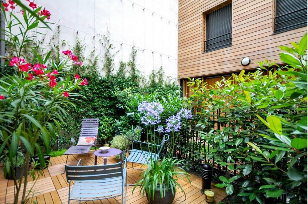 Plant Terrace Landscape Decoration Methods. Alcove of greenery