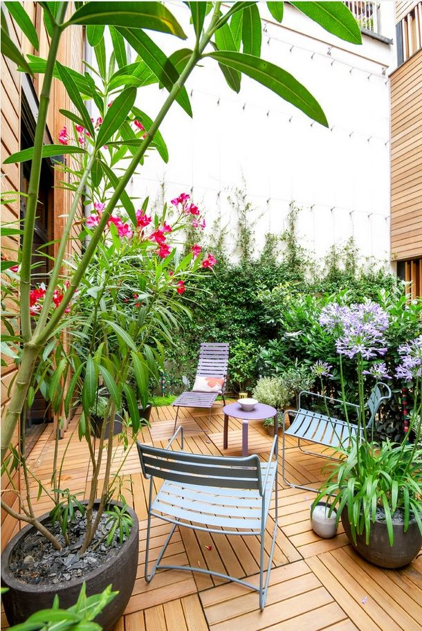 Plant Terrace Landscape Decoration Methods. Arbor among plants for relax