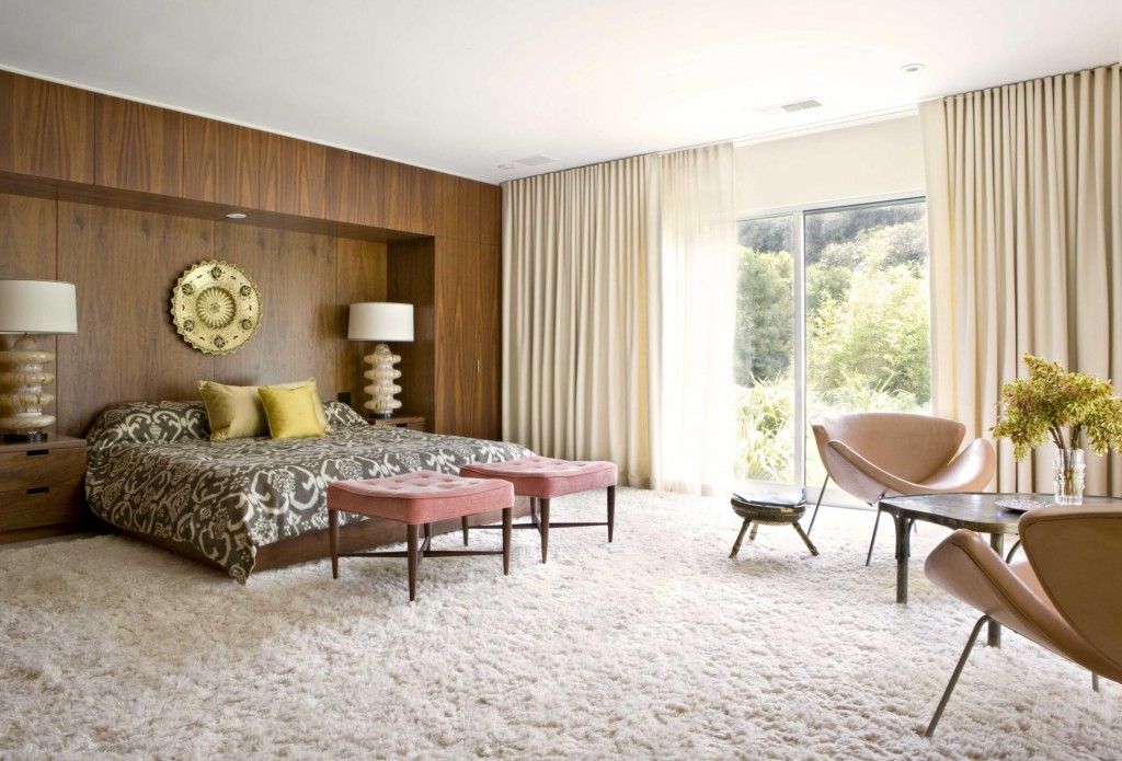 Rugs, Carpet, Carpeting Interior Design Ideas. Nice modern design of the country house with steel, leather furniture elements