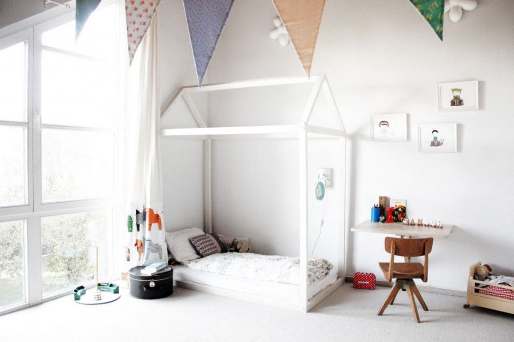 Kids` Room Furniture Selection Advice. White room execution