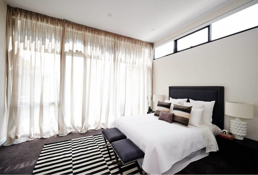 Rugs, Carpet, Carpeting Interior Design Ideas. Black and white combination in every decorative element of the room