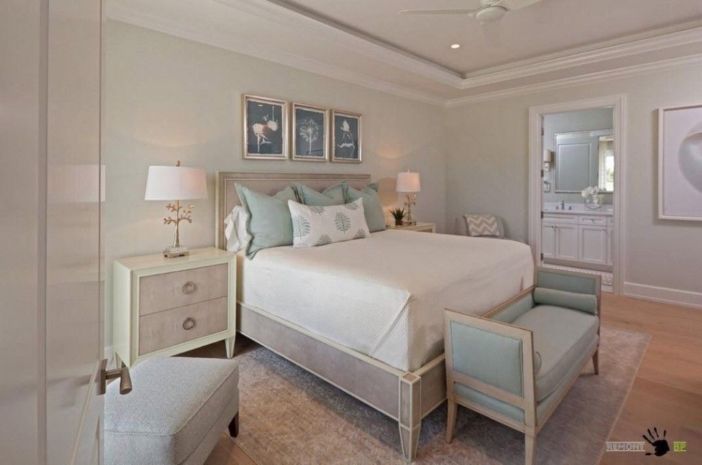 Bedroom Interior Furniture Set Programme Ideas. Turquoise bed bench in the classic style
