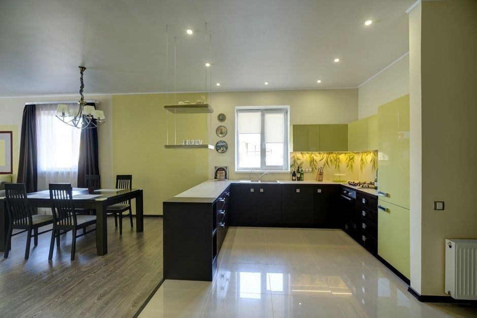 Private Houses Village Typical Design Projects. Kitchen zone with light ceramic tile