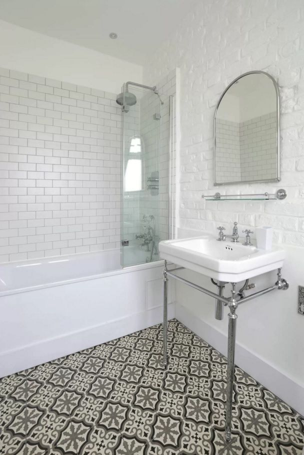 Choosing New Bathroom Design Ideas 2016. Nice Enticing Floor Pattern