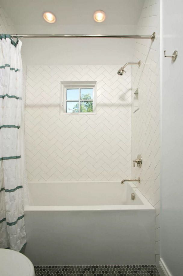 Choosing New Bathroom Design Ideas 2016. White herringbone tiled walls