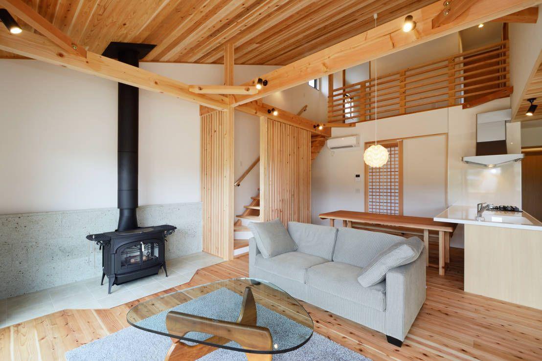 Modern Interior Design Laminate Use. Light wooden species chosen to finish the rustic interior