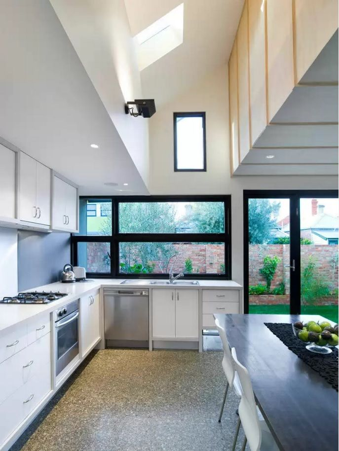 Kitchen Design Latest Trends 2016. L-shaped with full dining area and wide windows