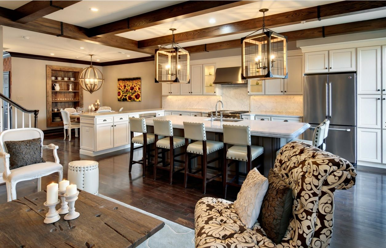 Kitchen Design Latest Trends 2016. Unusual forms of chandeliers is the zest of the atmosphere