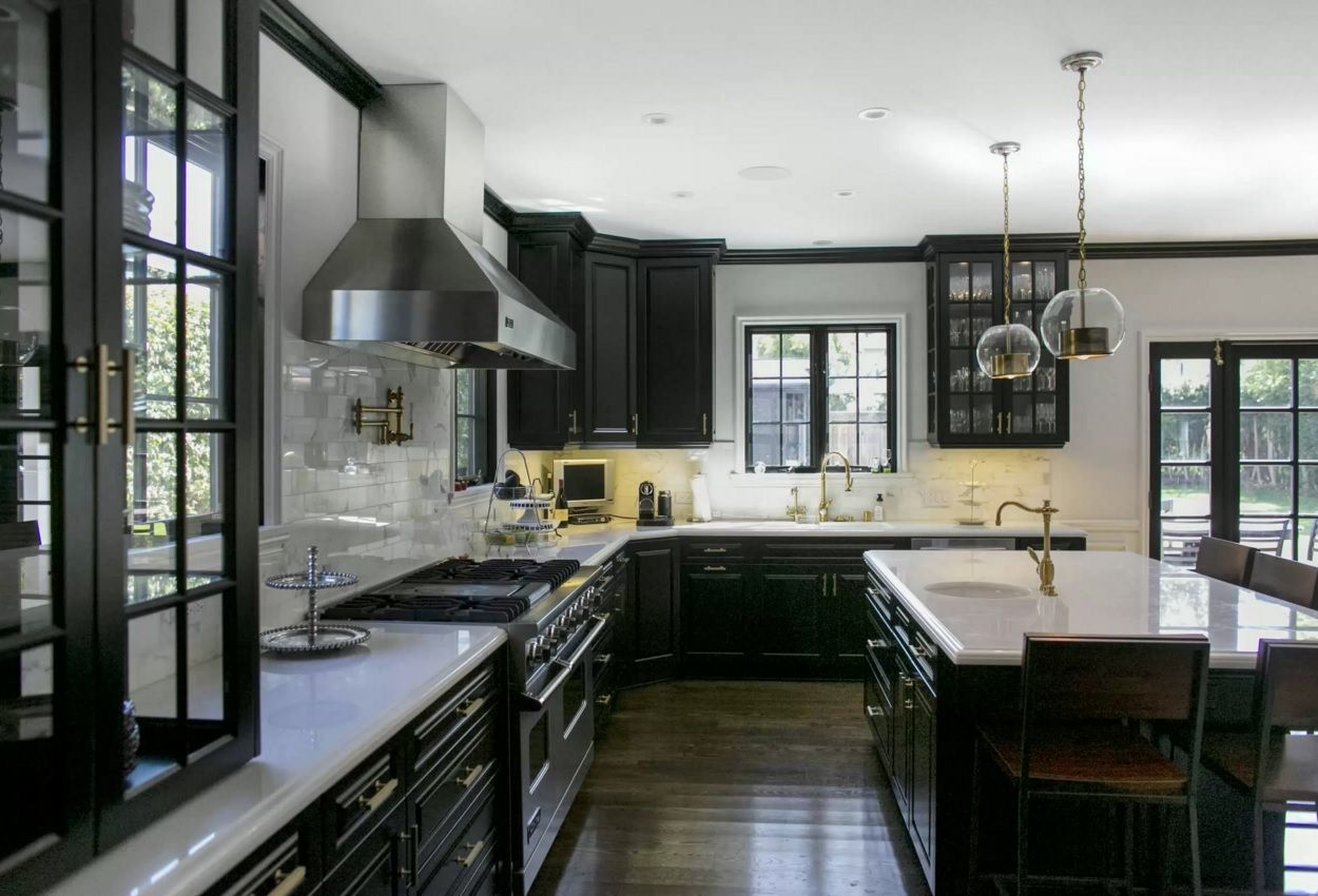 Kitchen Design Latest Trends 2016 in spacious black interior in classic style with island