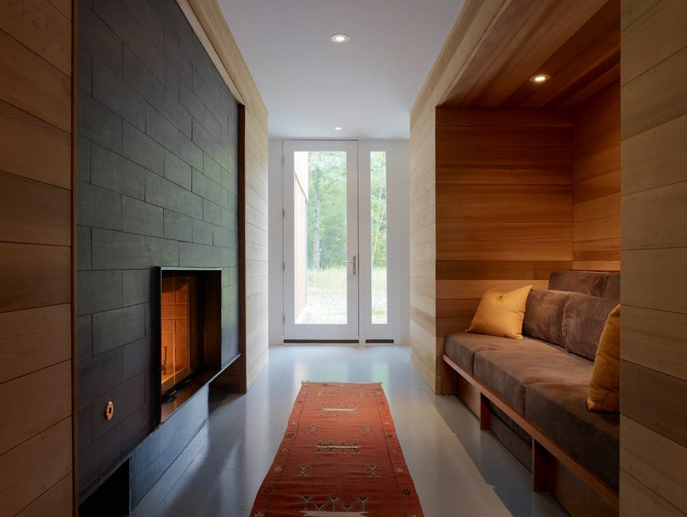 Wide passways of the private houses are very suitable for natural materials