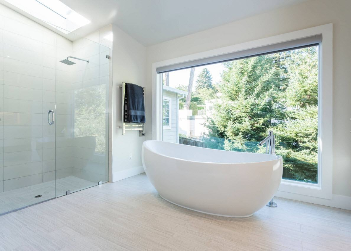 Panoramic Windows Design and Using in Modern Homes Ideas. Bathroom also can have panoramic windows if they are heading to the forest`s edge