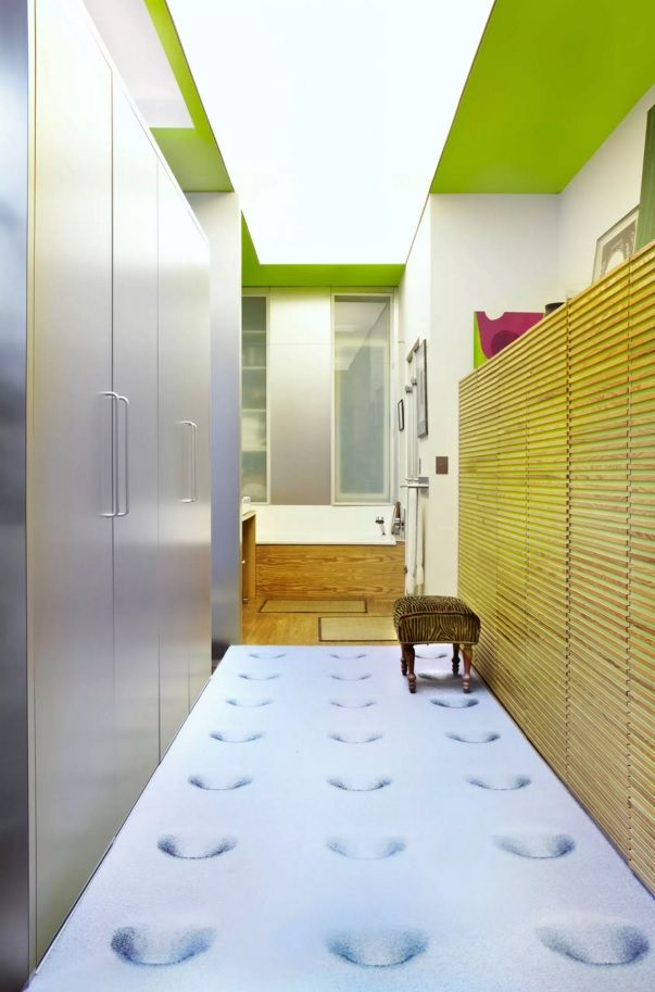 Modern Hallway Decoration Design Ideas. 3D-image for the flooring of the hall area with unusual color combination