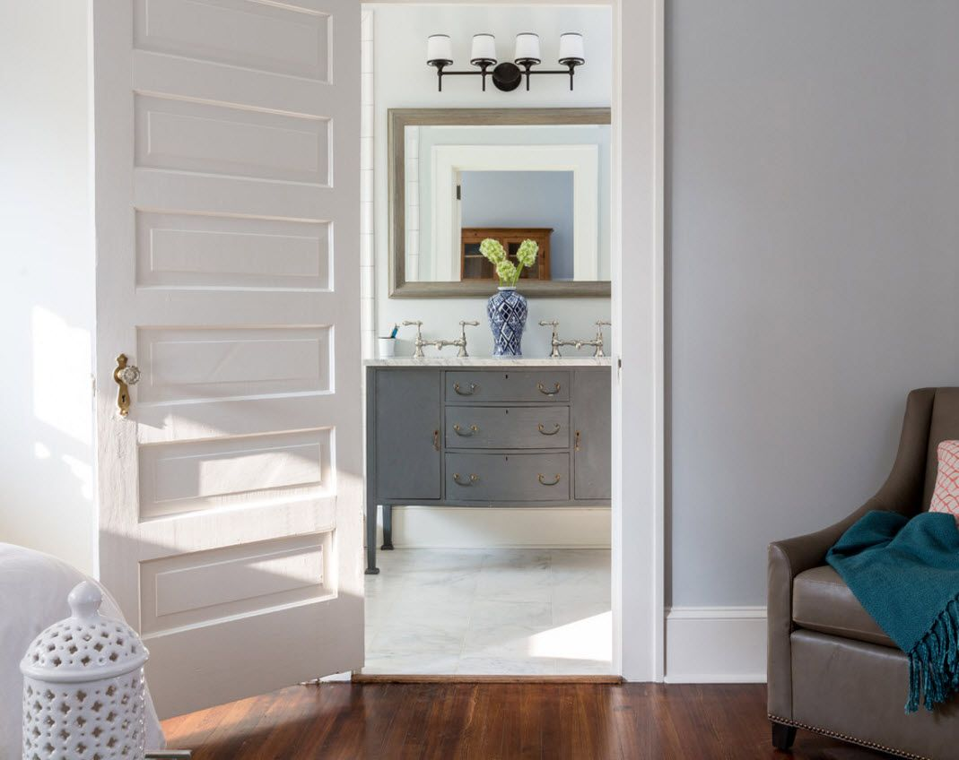 Color Combining for the Exquisite Interior Design. Gray and white combination will be ever a winner