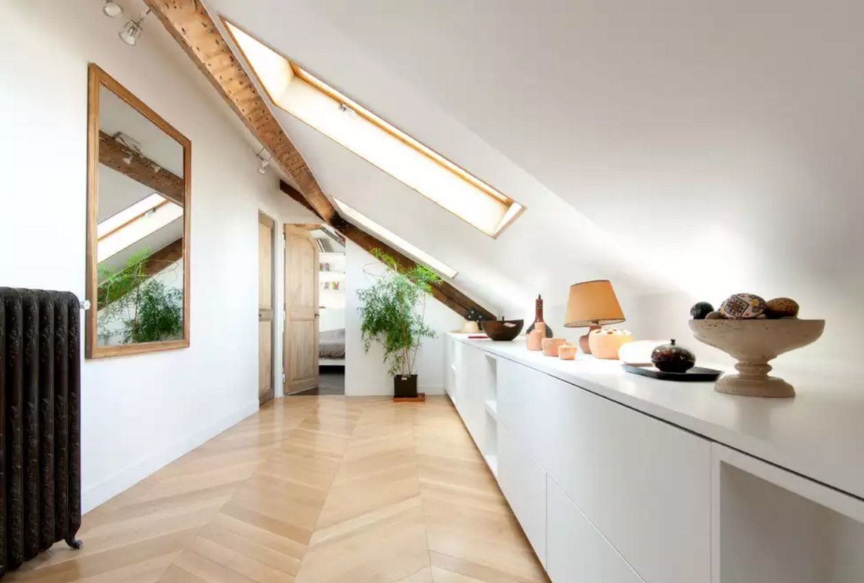 Modern Hallway Decoration Design Ideas. Attic loft style of decoration with small storage counter for the most necessary things