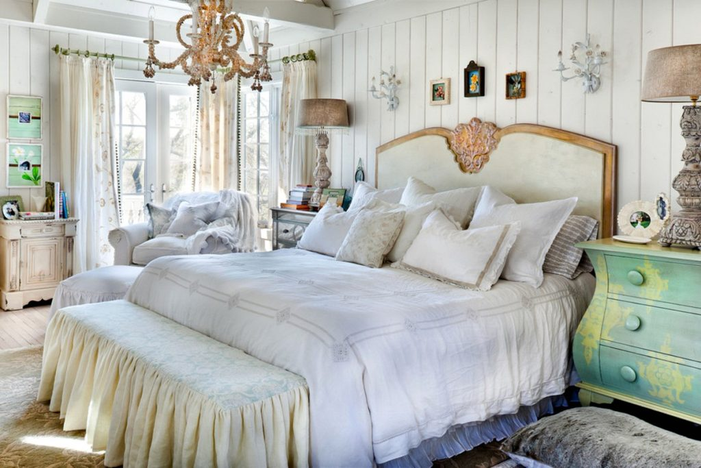 King size bed for classic Shabbu chic bedroom