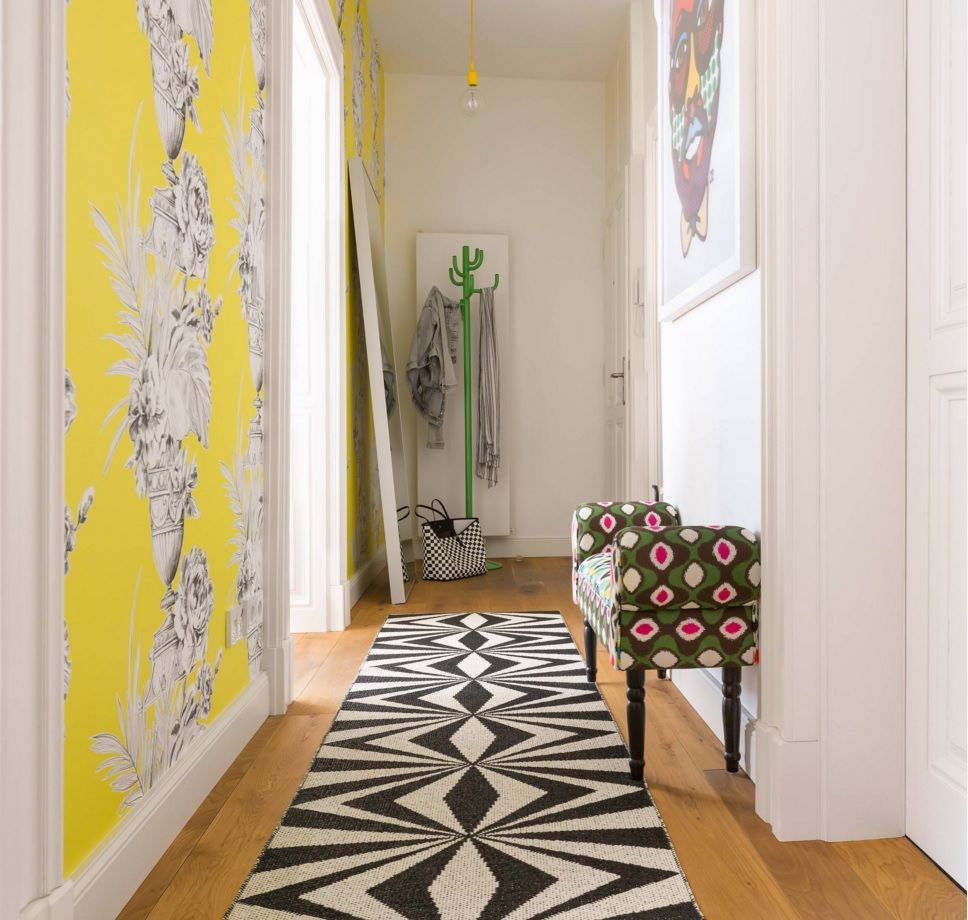 Yellow Accent Wall For The Small Apartment`s Hallway