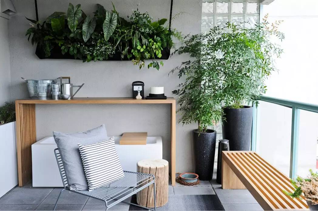 Modern Balconies Interior Design Ideas. Nicely Organized Greenhouse At The  Tight Loggia