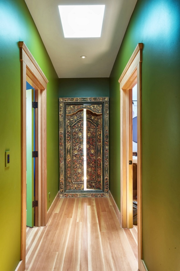 Top 20 Modern Unique Hallway Design Ideas. Nice decoration of the closet in the green finished hallway